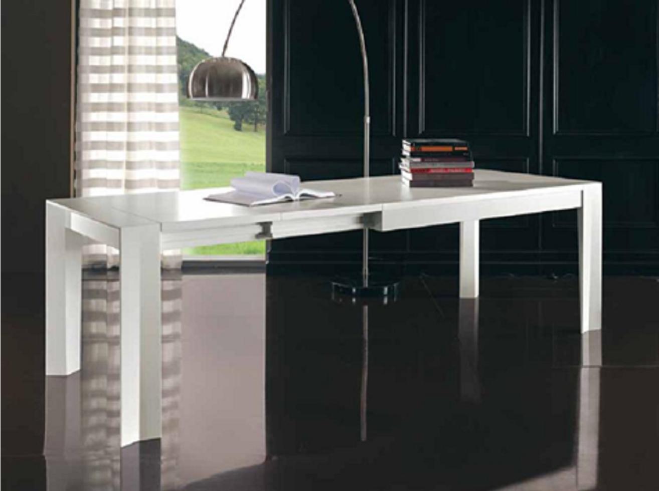 La tavola arredamenti tavoli e sedie mobili in legno for Tavolo allungabile quadrato 120x120